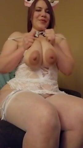 Amateur wife eating black cum