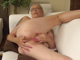 anal fuck pussy Hairy and wants mom