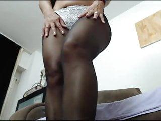 Nicole legs3