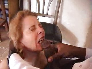 French mature agnes suck...