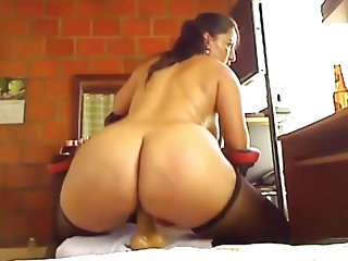 Colombian mommy with bombastic boobs...