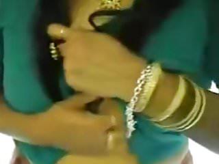 Saree playing...