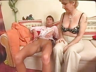 mother daughter alone at homePorn Videos
