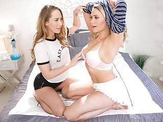 Carter Cruise saves Mia Malkova from the bully