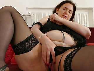 pussy her hungry mom feeding Hot