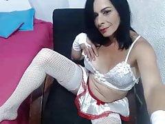 Horny milf Valentina masturbating on live cam