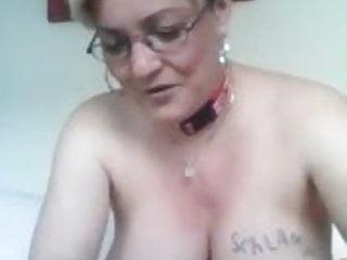 schlampe muss sich zeigen nackt.Porn Videos