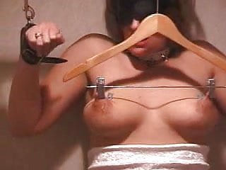 Bdsm Hangers porno: HANGER WITH CLAMPS vs NIPPLES AND NEEDLES