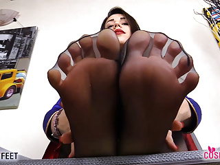 Italian Pov Foot Fetish video: SuperGirl takes off boots and sniff feet in pantyhose