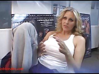 Blond mom milf cogar gets pussy ruined black...