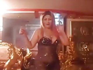 Hot egyptian woman...