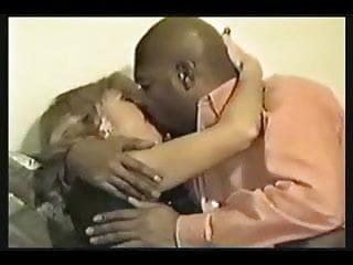 Barbara Beijando Negao amante!