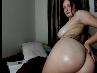 softcore oil show with cute cam girl.