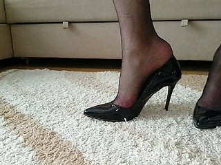 Stiletto fucked & EU43 cummed Black Highheels My Patent size