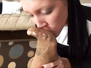 Nun's feet smell good