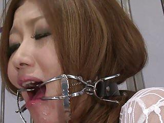 Prisoner babe swallow every drom of bj...