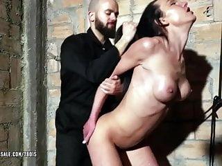 Nataly Gold si prende il culo