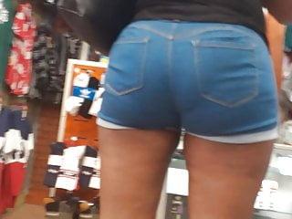 Booty short2