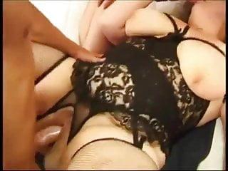 De tre knubbiga flickvännerna och de stora kukarna