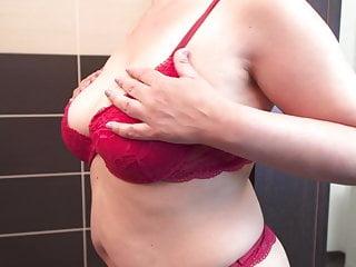 Watching Curvy Mom In Shower