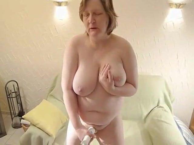 popping her cherry