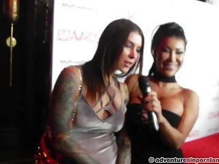 Party Red - Nominations AVN 2016 Carpet