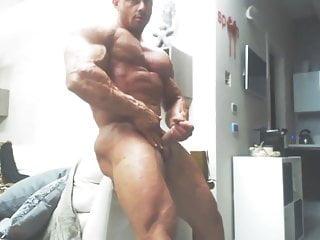 Str8 bodybuilder...
