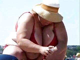 Mature big boobs on beach amateur...