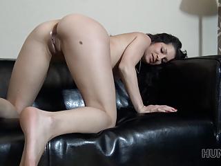 her HUNT4K  gets brunette shaved Busty Z Jocelyne cunt