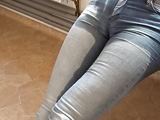 sexy madchen pissen ihre hoschen
