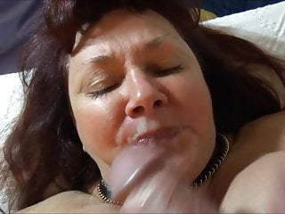 MILF Don't like it Cum on Mouth Cum Dislike