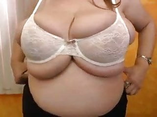 Big Boobs in a Baby Bra