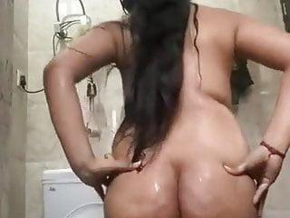 Indian sexy maal bathing