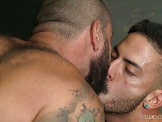 MenOver30 – Smoking Hunk Julian Torres Pounds Some Ass