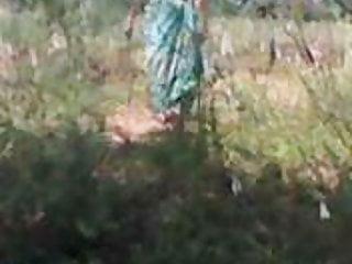 bhabhi  boobsout