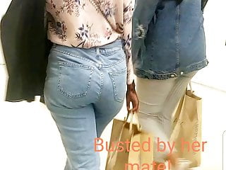Candid UK Somali sexy hijabi sluts with phat ass teasing