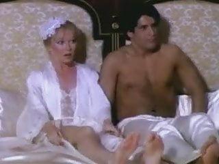 Big Tits Milf Mature vid: THE FILTHY RICH (1980)