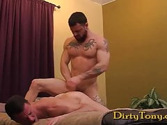 sergeant miles and max cameron (dt)Porn Videos
