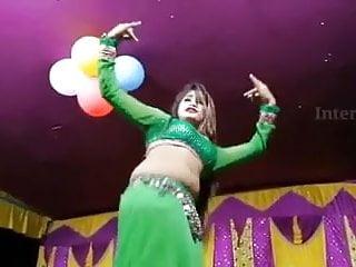 Sexy dance, bhojpuri