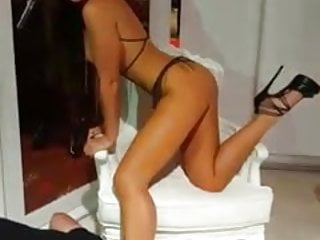 posing naked in public flash in high heels slave shoelicking