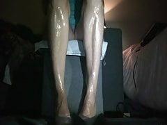 Miss Hell slow legs