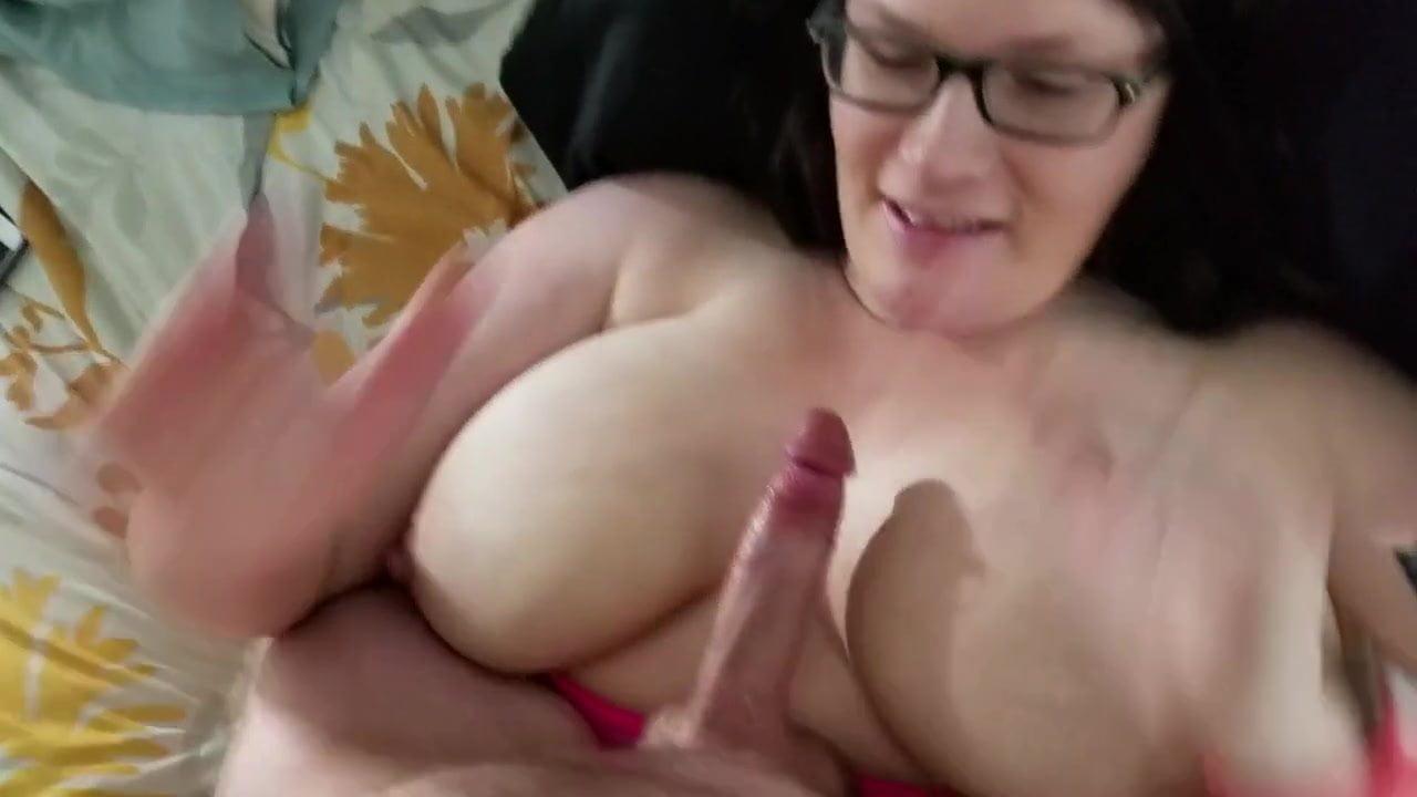 Big Tit lizanie cipki