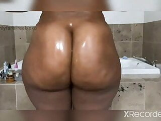 Big booty hoes