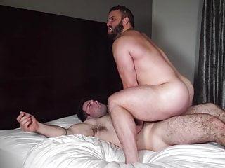 Straight and buff hunks fuck like real men