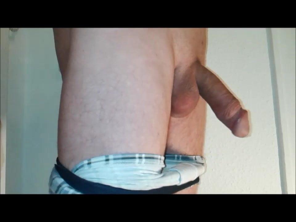 Hole Mir Einen Runter Und Spritze In Hohen Bogen Ab Man Gay