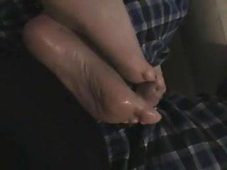 Umgekehrter Footjob Cum Soles