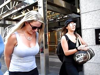 BootyCruise: Downtown Boob Cam 16