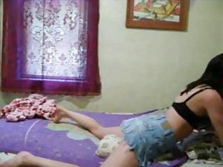 Teen Latina Humping Kissen