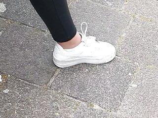 Pov Latex movie: Dutch teen slut showing leather legging and handjob nails!!