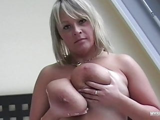 wanessa lilio suck nipples and play with her huge natural boporno videos